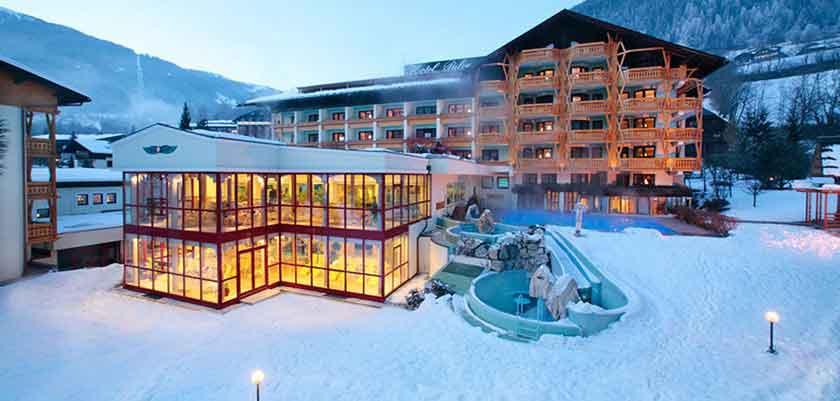 Austria_Bad-Kleinkirchheim_Thermal-spa-hotel-pulverer_exterior-winter.jpg